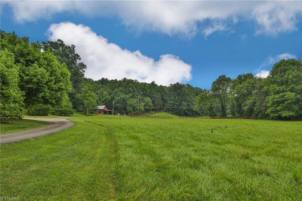 10901 Austin Traphill Road Property Photo