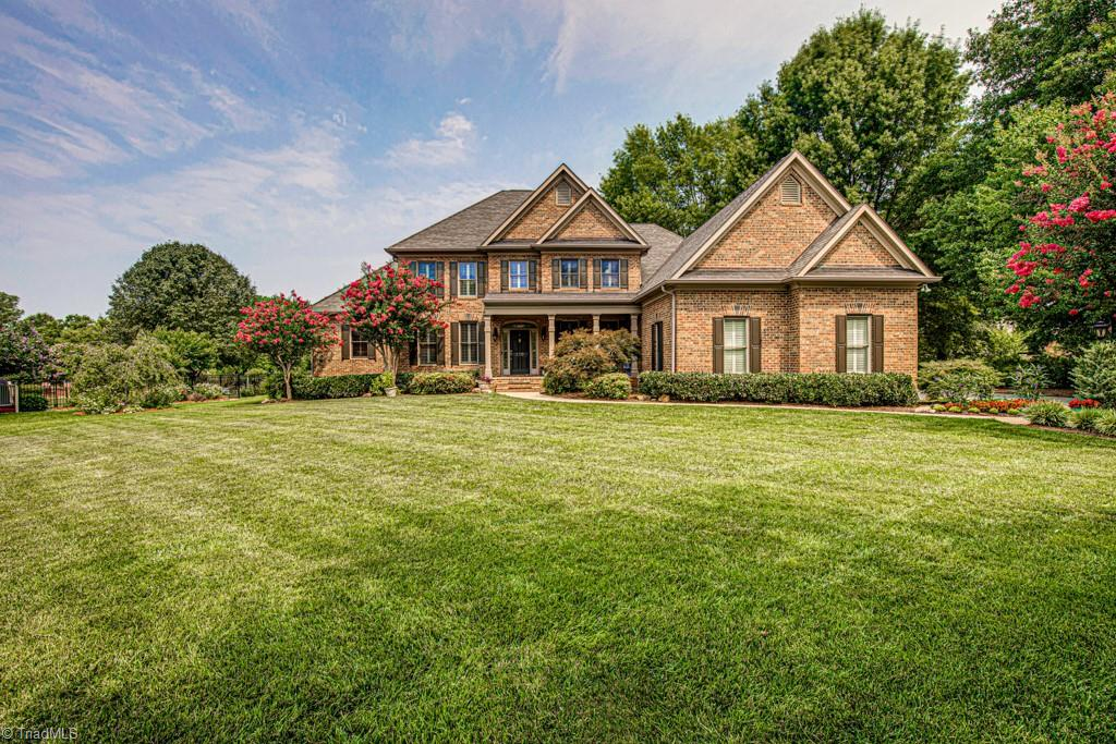 110 Bayhill Drive Property Photo