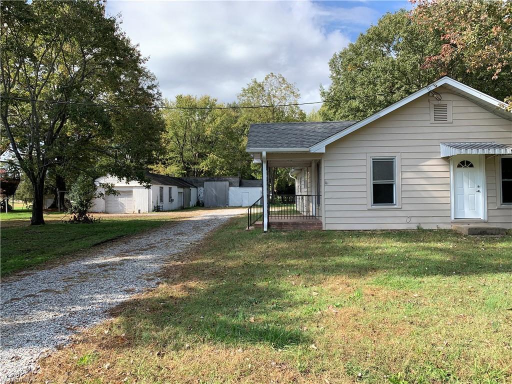 709 Ira Drive Property Photo 1