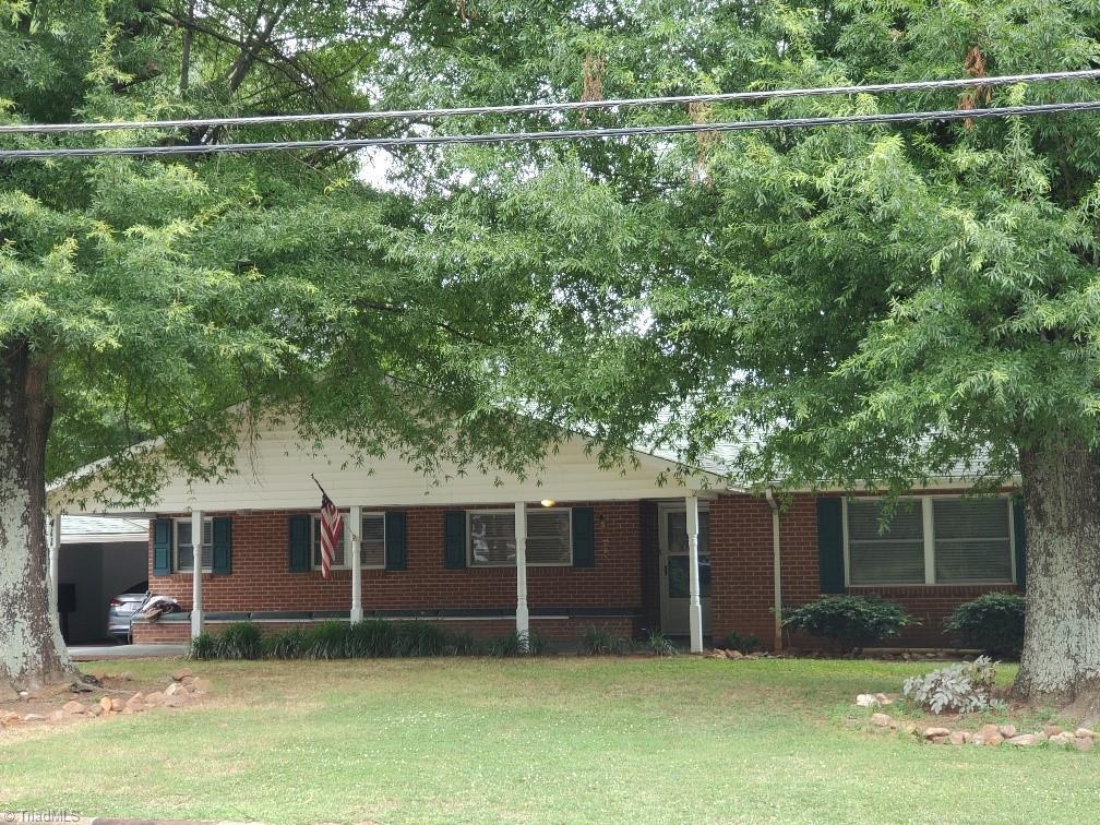 411 S Main Street Property Photo