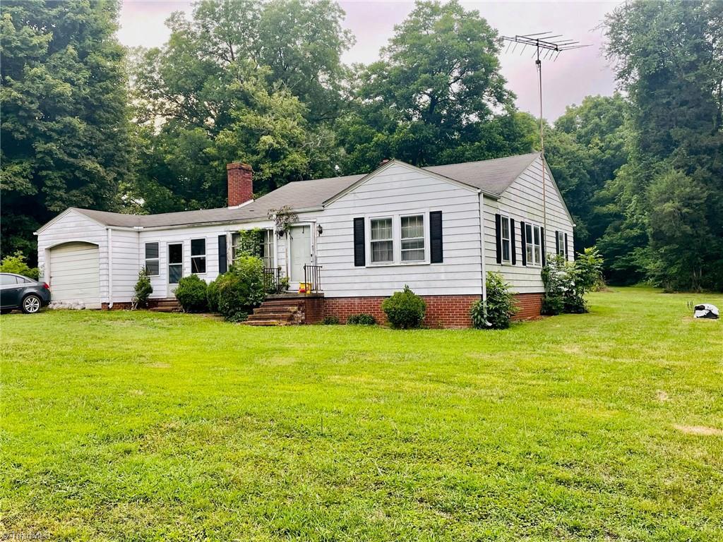 2055 Belmont Road Property Photo