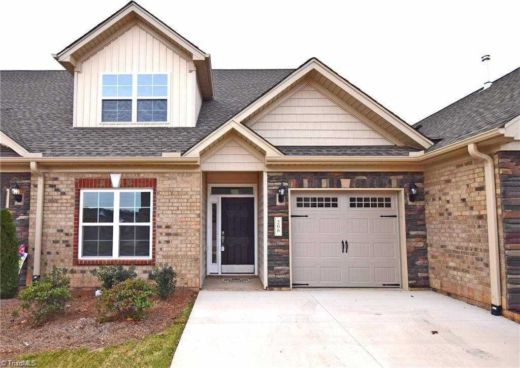 1608 Cedar Hill Way Property Photo 1