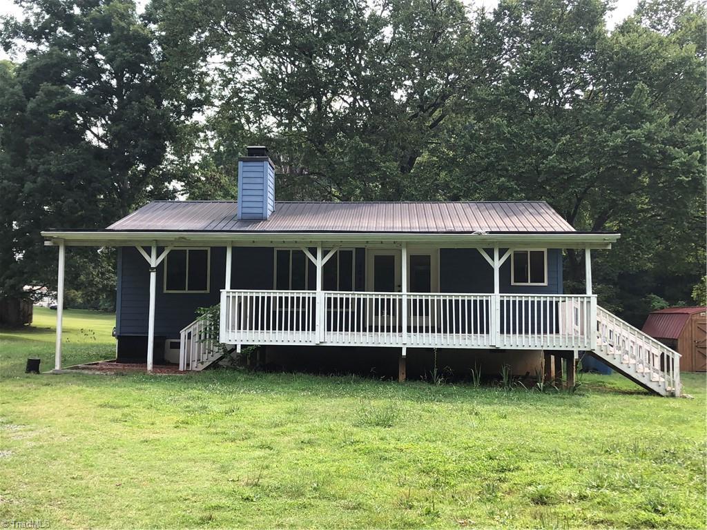 8042 Brooks Lake Road Property Photo 1