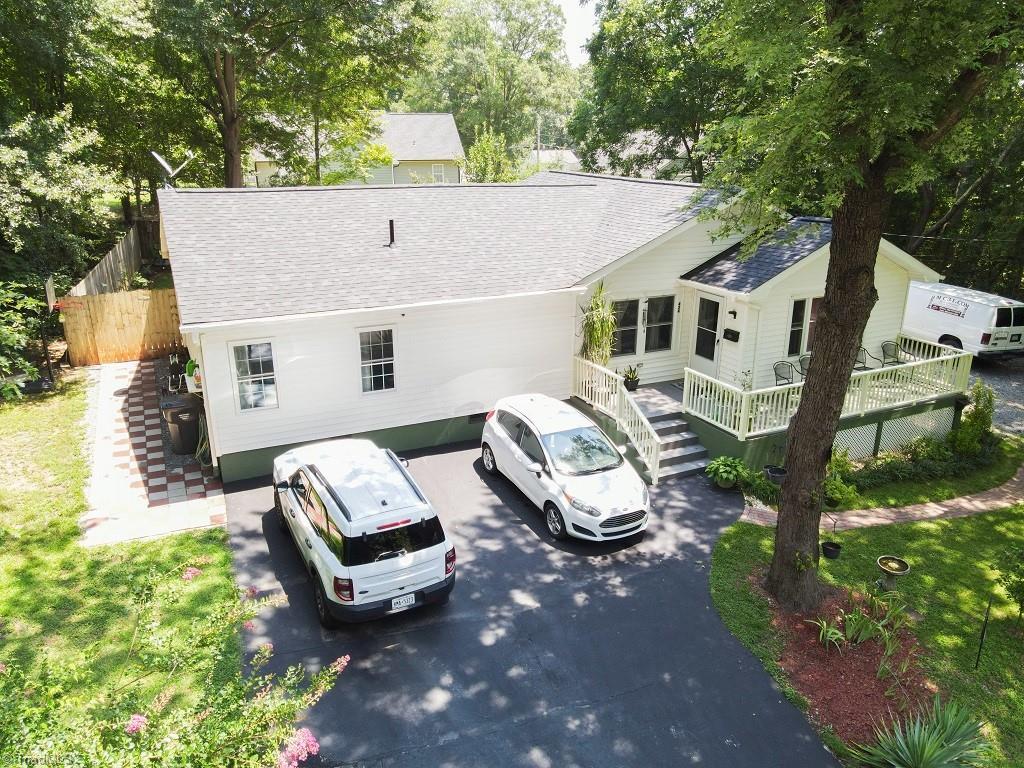 28034 Real Estate Listings Main Image