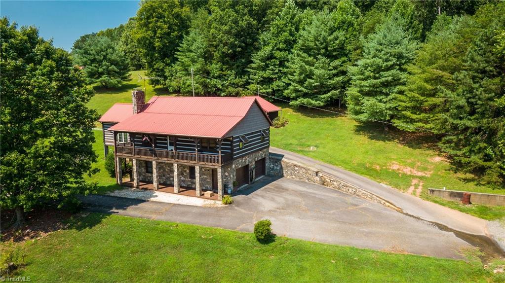 299 Mountain Top Road Property Photo