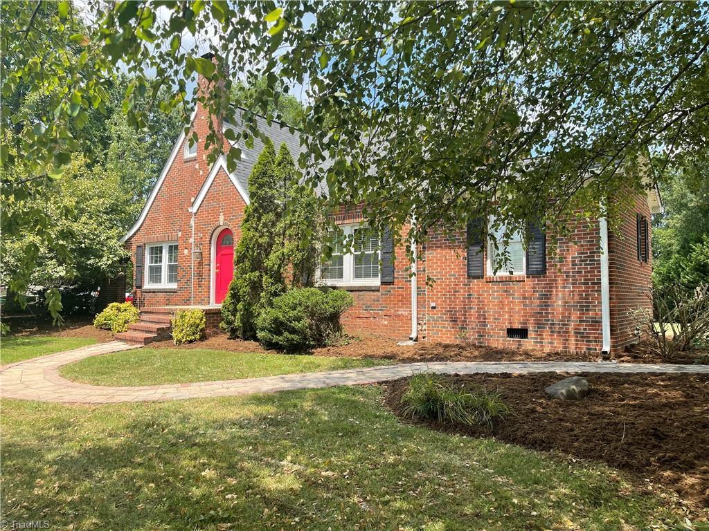 104 Bryan Street Property Photo 1