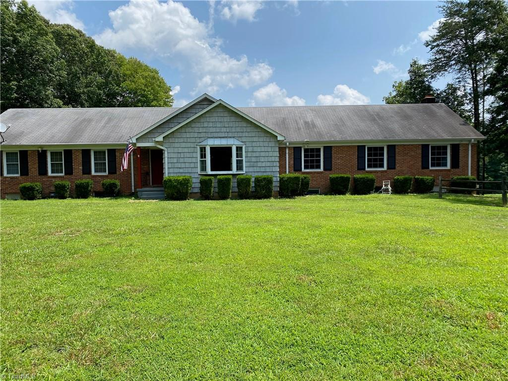 6321 Us Highway 158 Property Photo 3