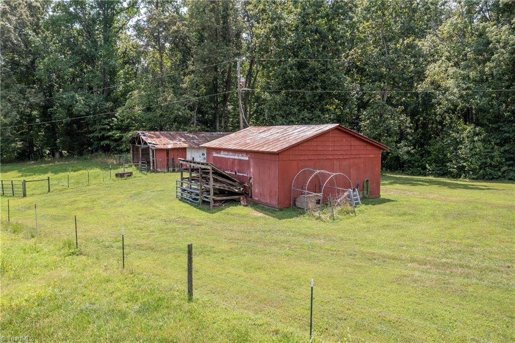 6321 Us Highway 158 Property Photo 15