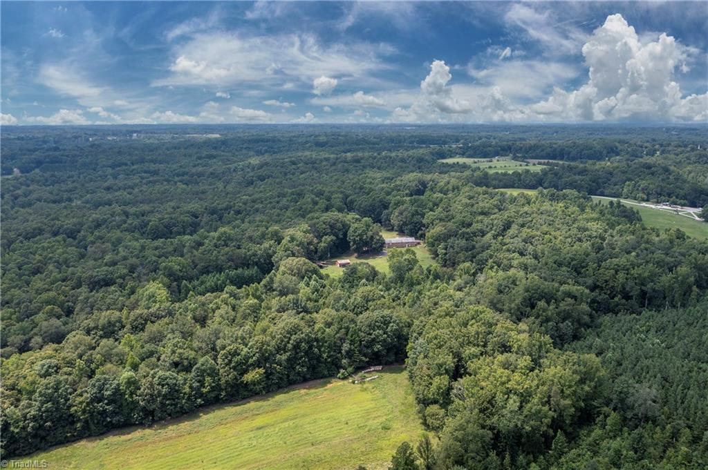 6321 Us Highway 158 Property Photo 32