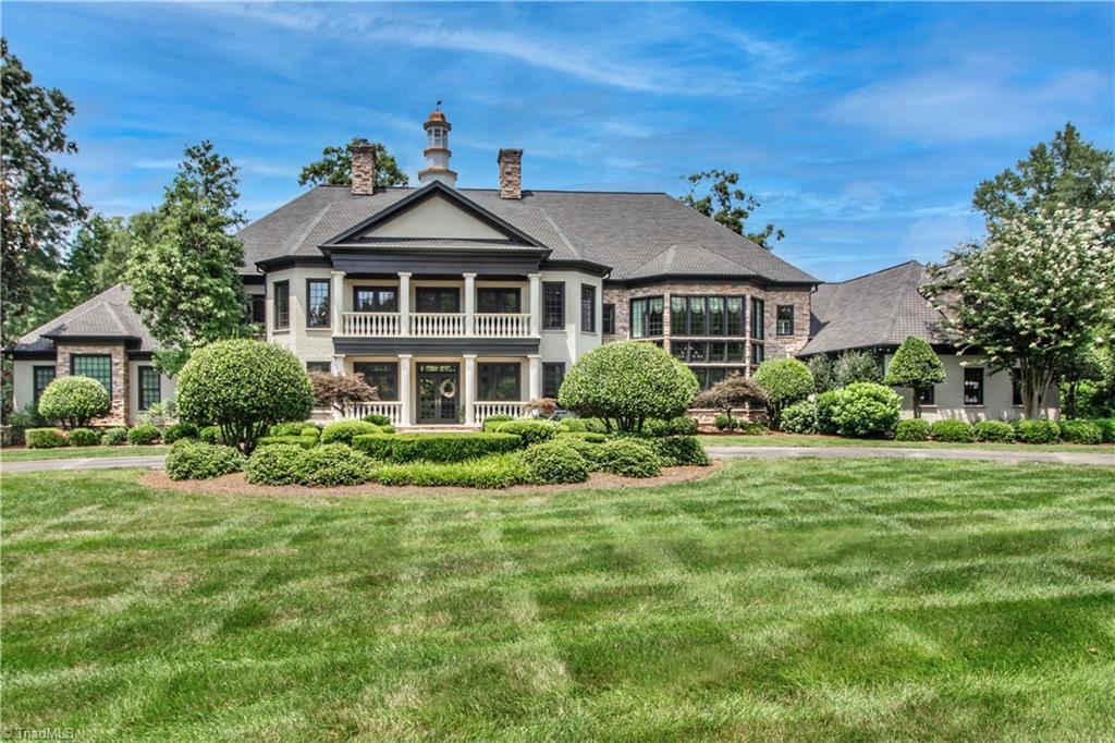 3215 Broadmoor Drive Property Photo 3