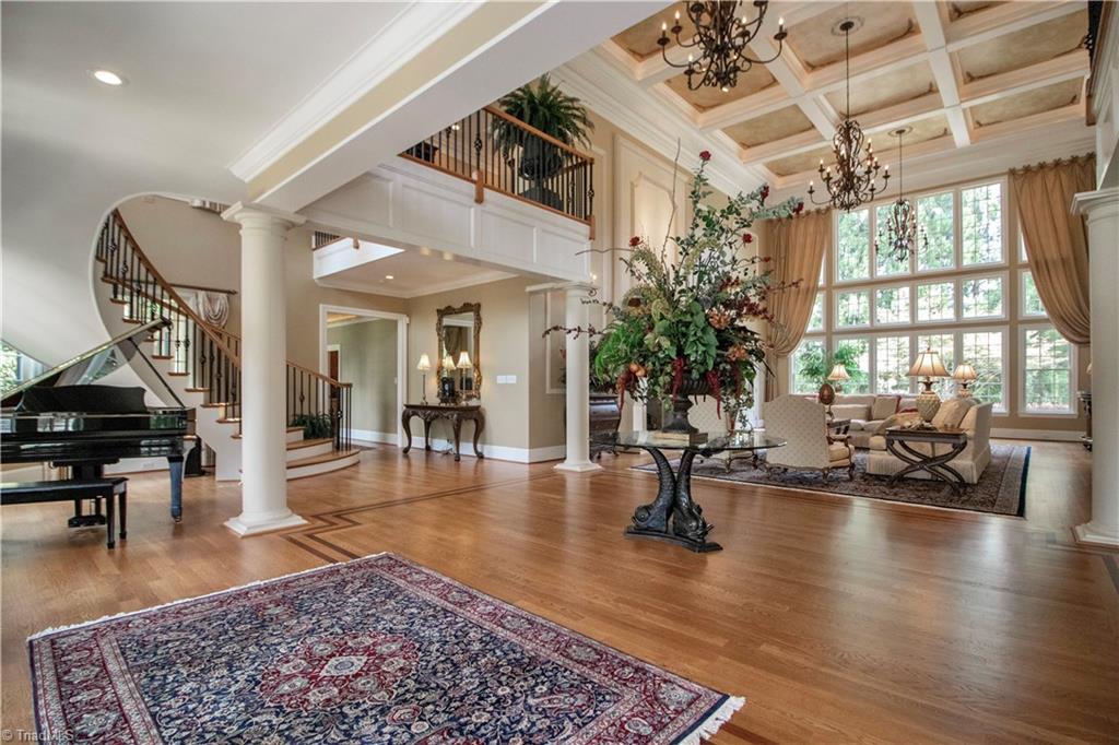 3215 Broadmoor Drive Property Photo 5