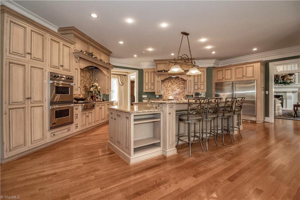 3215 Broadmoor Drive Property Photo 11