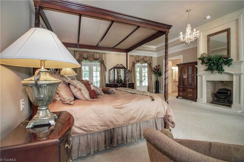 3215 Broadmoor Drive Property Photo 18