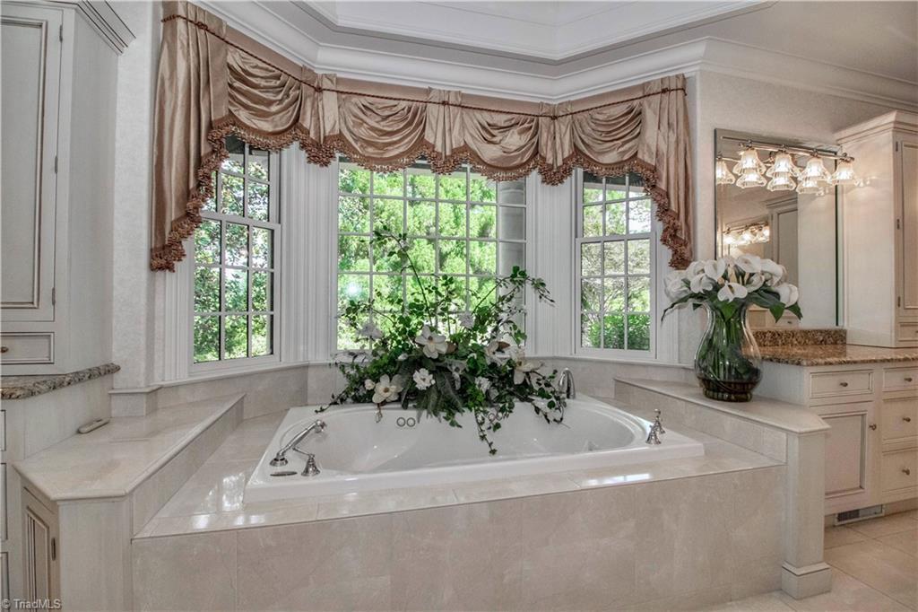 3215 Broadmoor Drive Property Photo 20