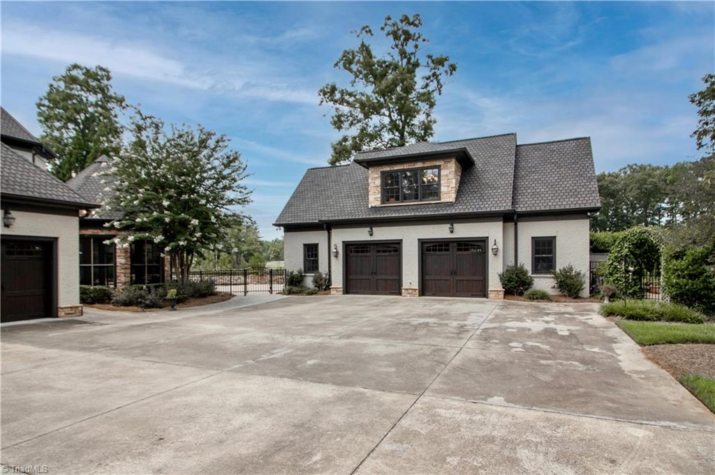 3215 Broadmoor Drive Property Photo 41