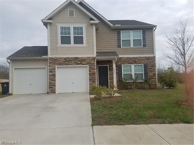 4394 Lochurst Drive Property Photo 1