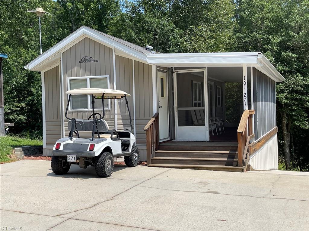 161 Club House Drive Property Photo