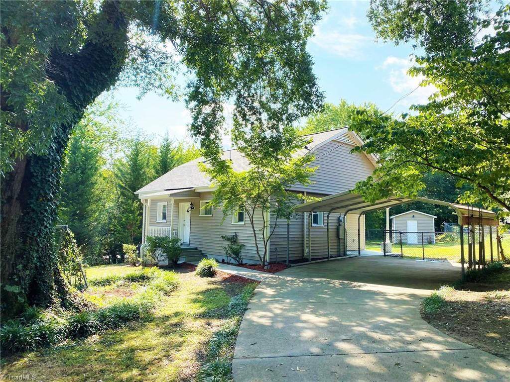 543 Riverside Drive Property Photo 1