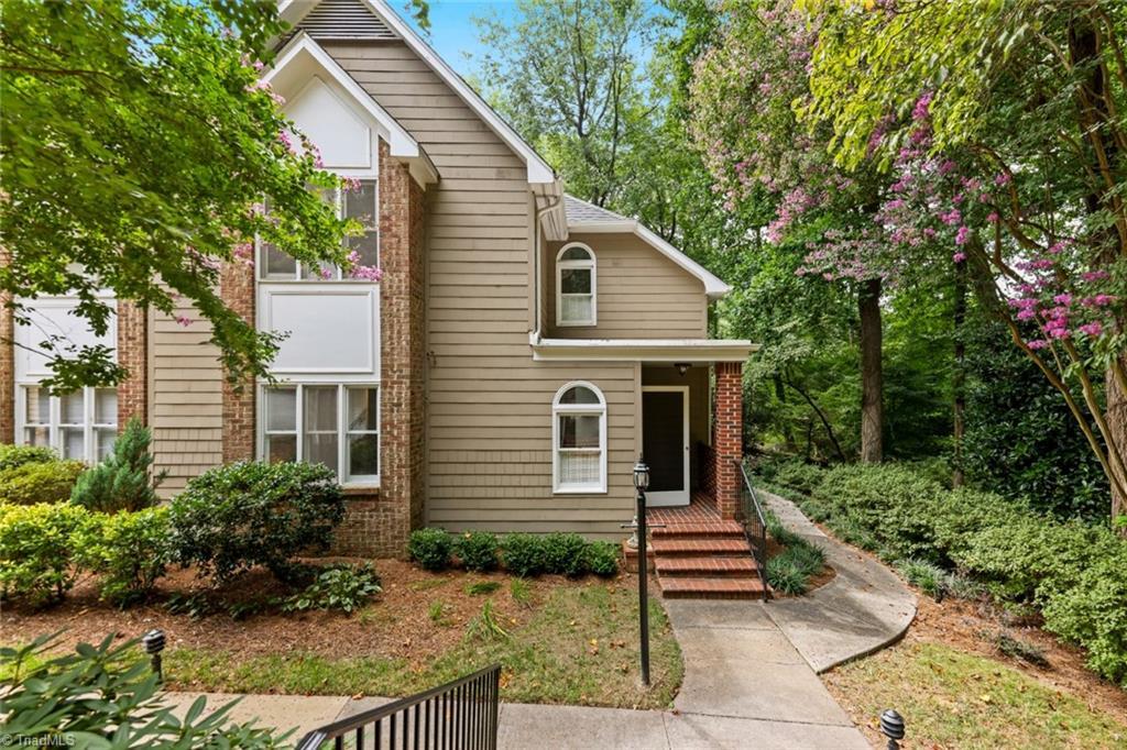 4576 Fernhaven Circle Property Photo 1