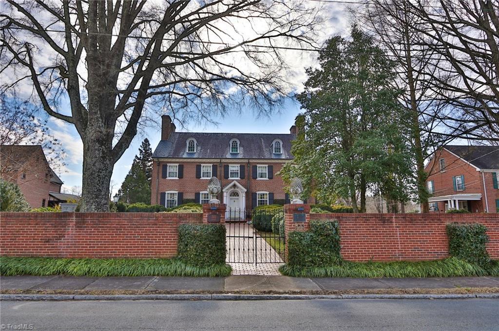 302 Cherry Street Property Photo