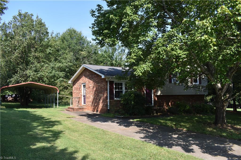 115 Allen Lane Property Photo