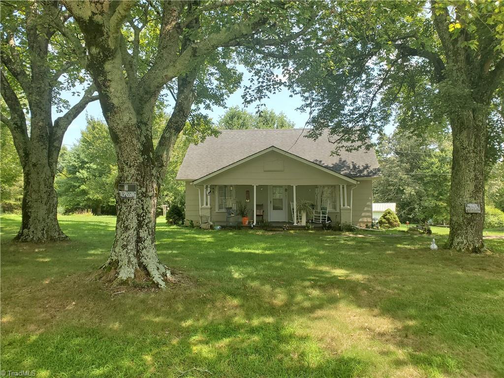 1604 Couchs Fish Lake Road Property Photo