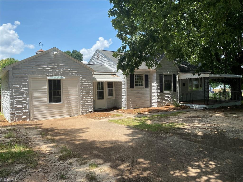 2606 Thomasville Road Property Photo 1