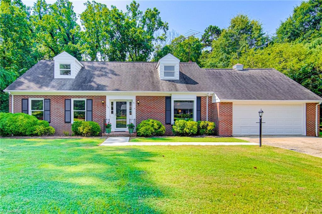 726 W Ridge Road Property Photo