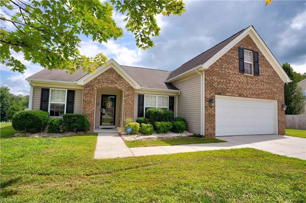 4507 Paula Drive Property Photo