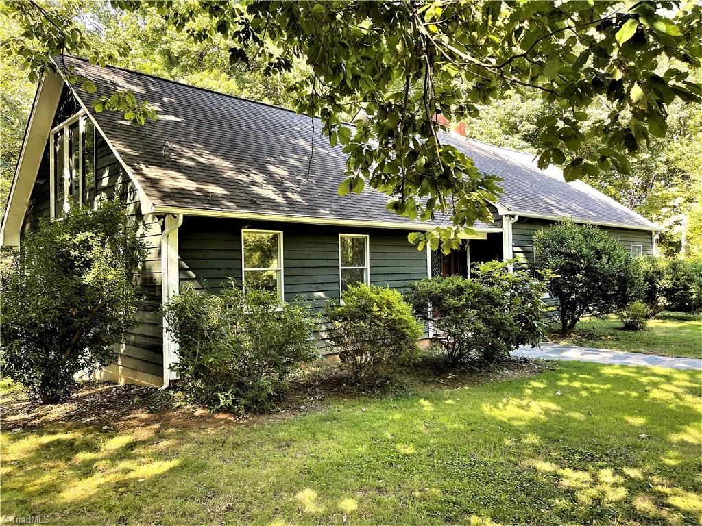 700 Mahonia Place Property Photo 1