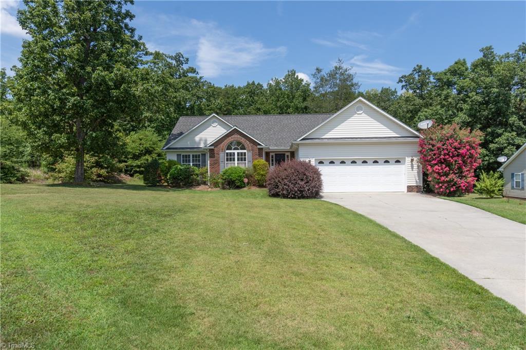 210 Dunnbrook Drive Property Photo 1