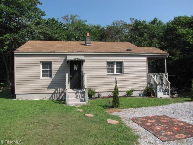 879 Holland Road Property Photo