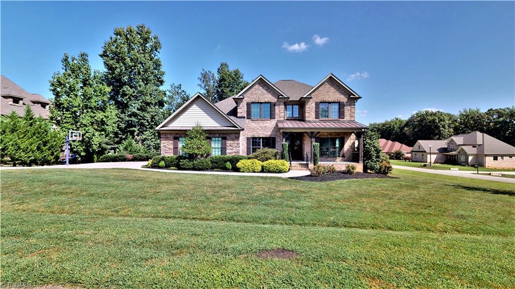 Ashford Woods Real Estate Listings Main Image