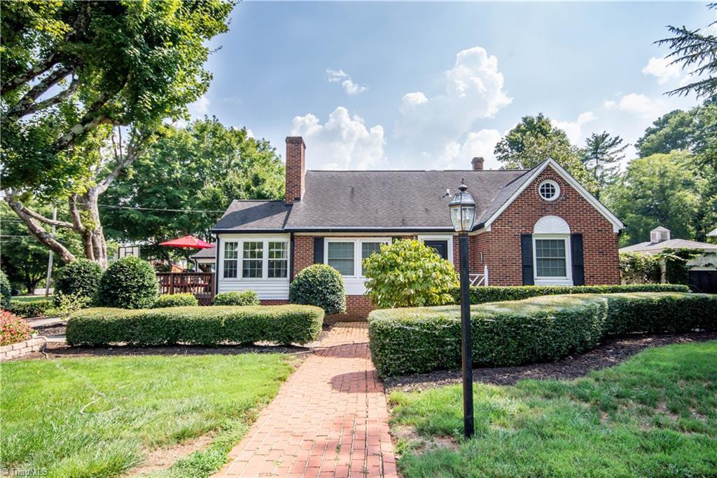 401 Ridgeway Avenue Property Photo
