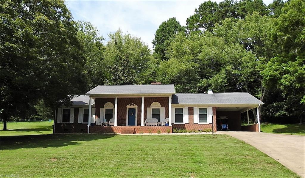 130 Valleybrook Drive Property Photo