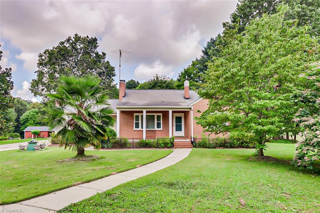 1611 Browns Crossroads Road Property Photo