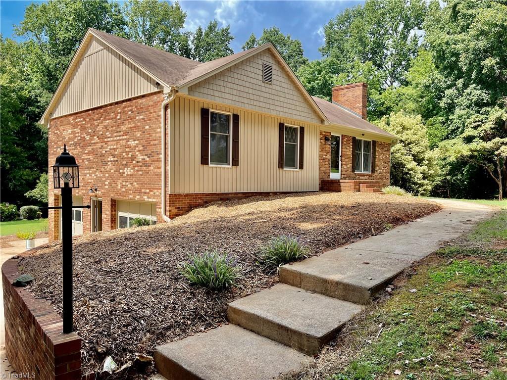 5920 Stanleyville Drive Property Photo