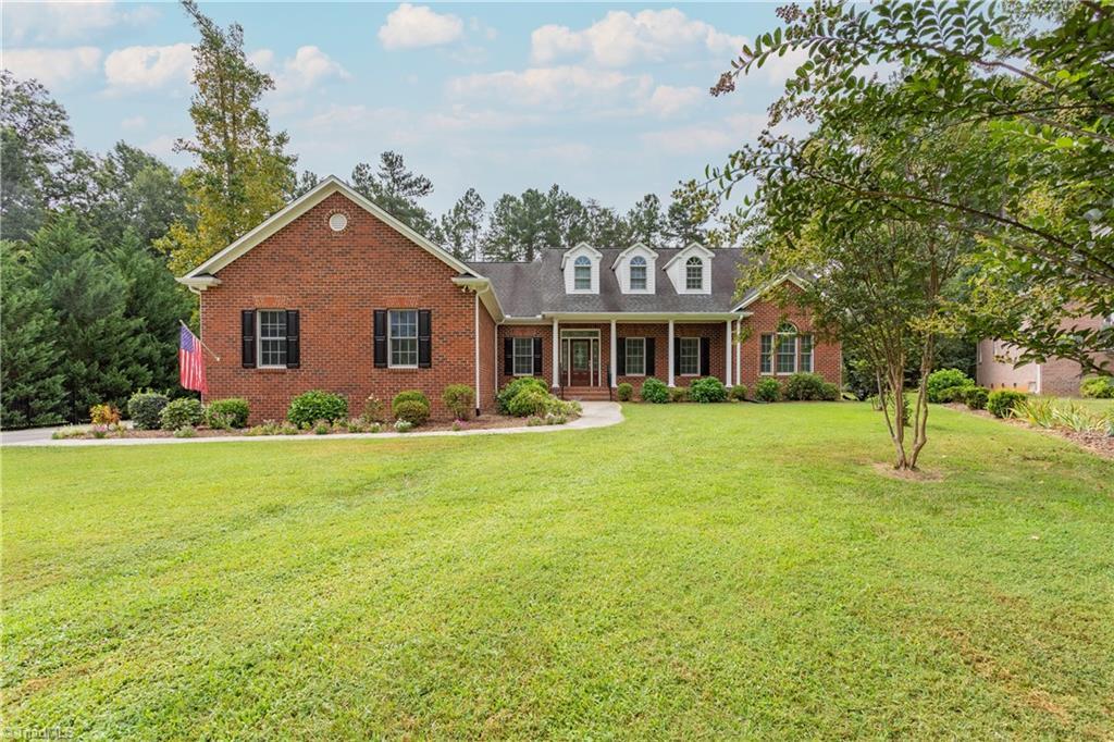 6904 Claren Oaks Court Property Photo 1