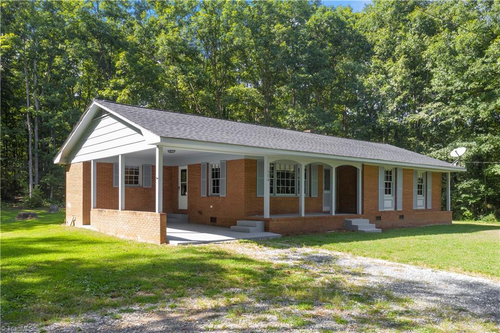 566 Sexton Road Property Photo
