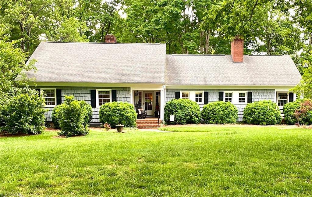 352 Ivy Circle Property Photo