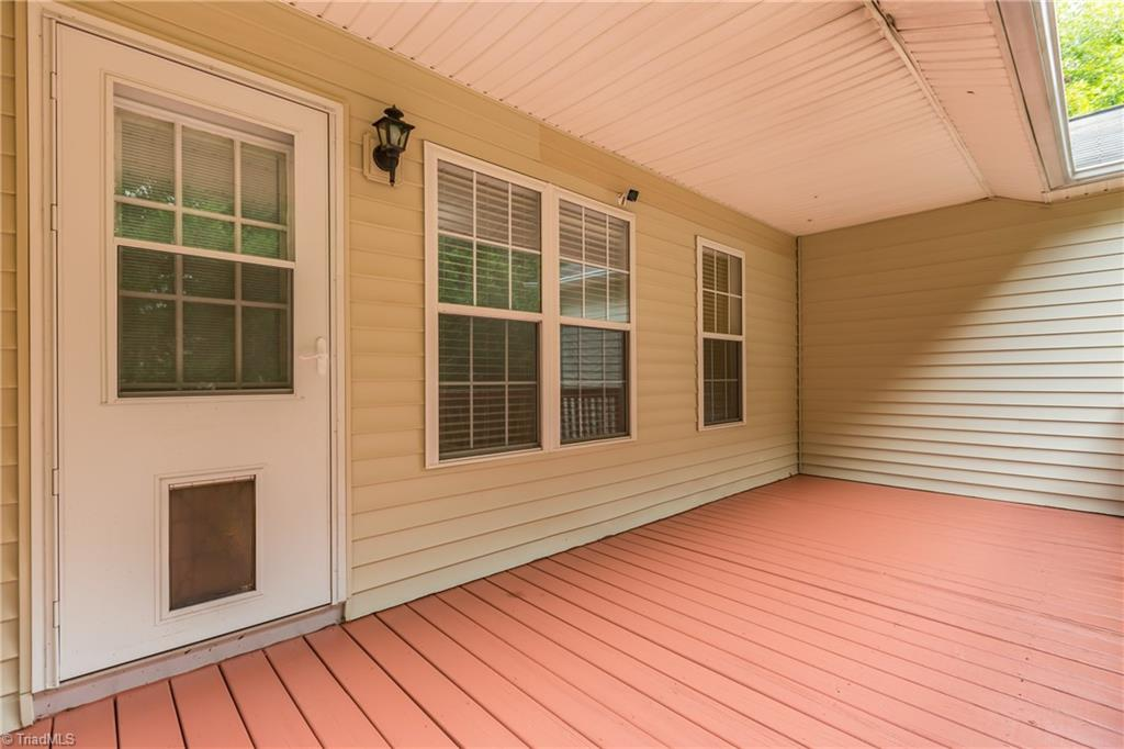 1734 Hawkcrest Lane Property Picture 26