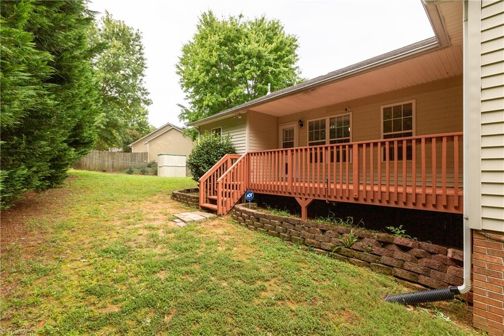 1734 Hawkcrest Lane Property Picture 30