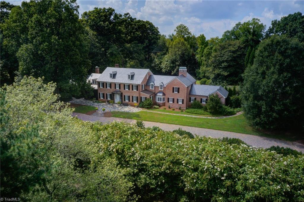 1040 Arbor Road Property Photo 1