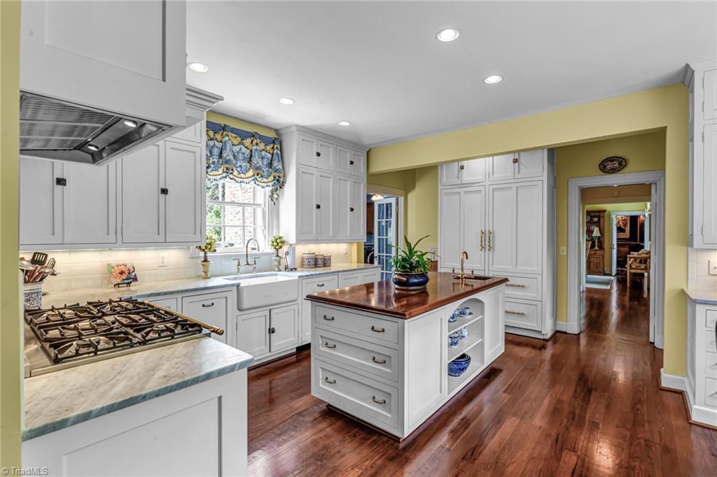 1040 Arbor Road Property Photo 17