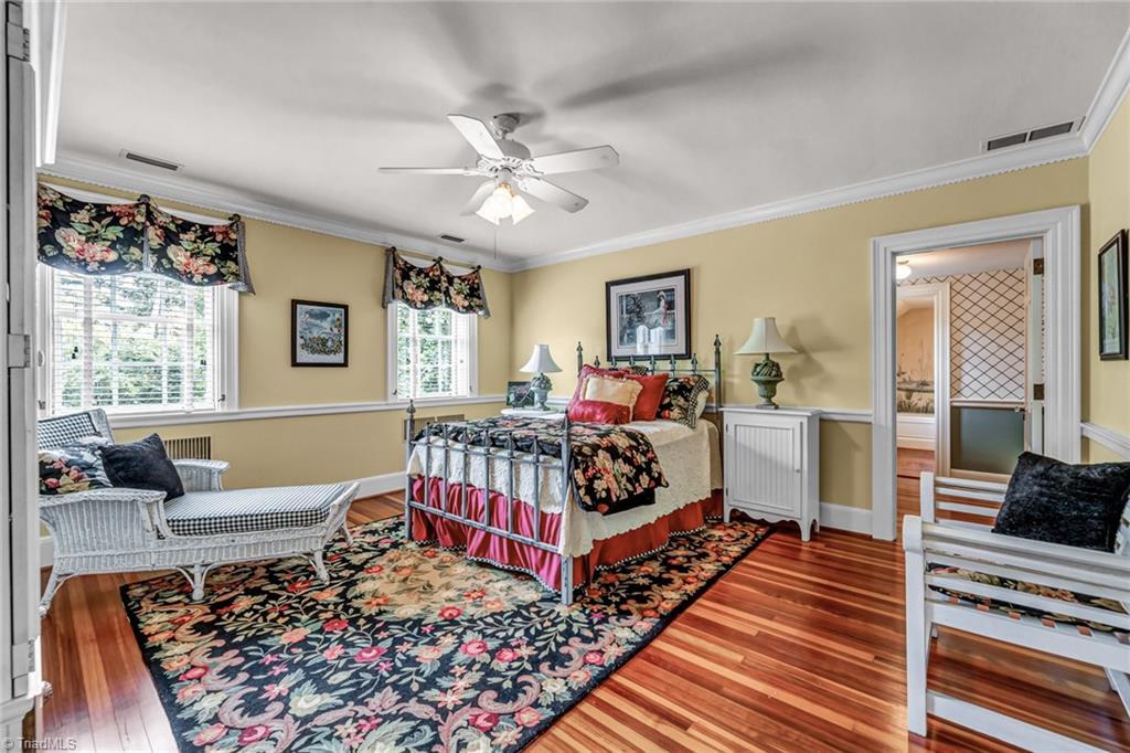 1040 Arbor Road Property Photo 30