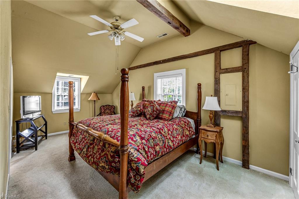 1040 Arbor Road Property Photo 44
