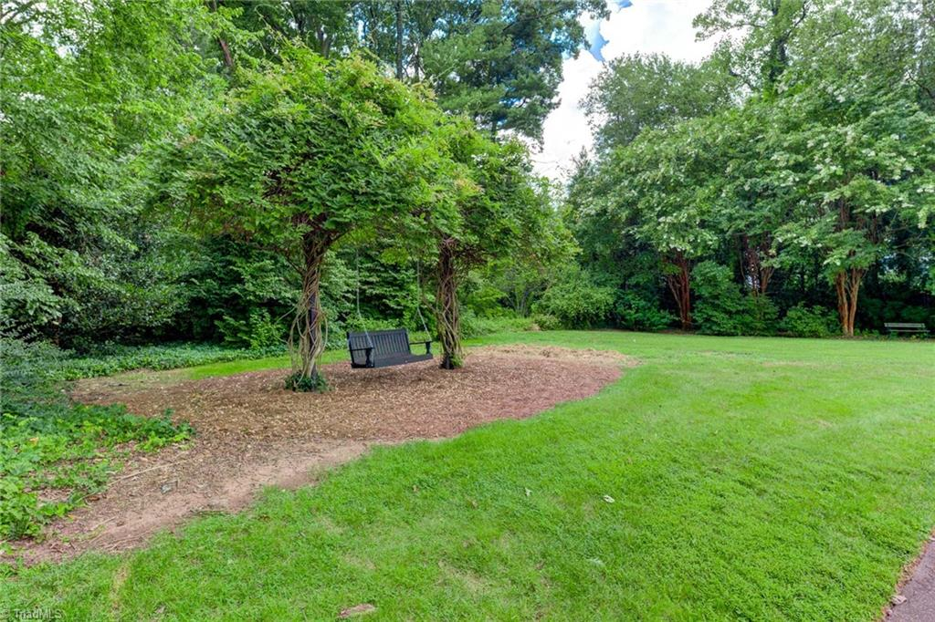 1040 Arbor Road Property Photo 47
