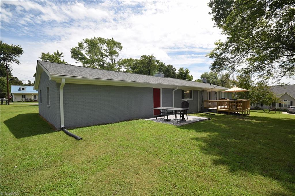 2484 Hoskins Road Property Picture 47
