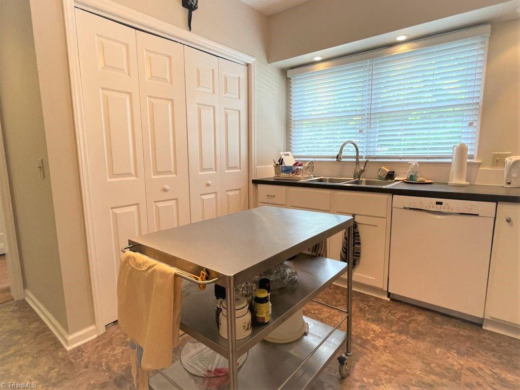 765 Oakland Drive # H Property Picture 18
