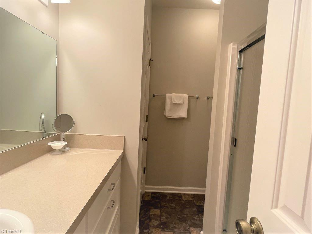 765 Oakland Drive # H Property Picture 25